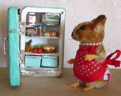 5 way jointed Lucy Mouse w/ Refrigerator Cheesecake by Artist Robin J Andreae   #NeedleFeltedAnimals
