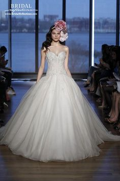 Ines Di Santo Wedding Dresses and Bridal Gowns   New York