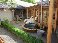 Great Tips For Landscaping Around A Hot Tub – Pool Landscape Ideas Pergola Curtains, Pergola Patio, Pergola Kits, Backyard, Pergola Designs, Pool Designs, Kleiner Pool Design, Hot Tub Garden, Pool Games