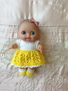 Hand knitted dolls clothes to fit 8 Berenguer L'il