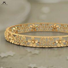 Gold Bangles Design, Gold Jewellery Design, Gold Jewelry, Fine Jewelry, Designer Bangles, Handmade Jewellery, Quartz Jewelry, Antique Jewellery, Bijoux Design