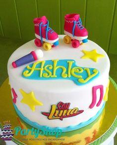 Resultado de imagen para tortas de cumpleaños infantiles soy luna Soy Luna Cake, Frozen Birthday Party, Birthday Cake, Fondant Cakes, Cupcake Cakes, Bolo Laura, Roller Skate Cake, Emoji Cake, Frosting Tips