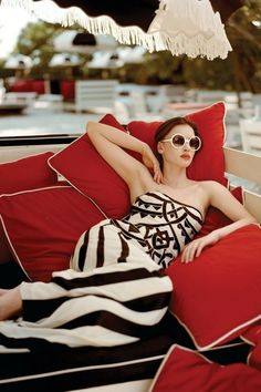 Striped dress + white sunglasses + red lipstick = French Riviera Chic  #colorsofsummer