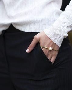 The Hand Bracelet. (The Stripe)