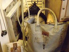 particolare borsa...#itesoricoloniali