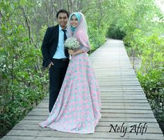 Gaun prewed by nely afifi