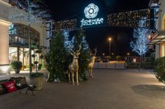 """Fino al 6 gennaio 2014, potete trovare il #charity pop up #boutique """"Oxfam Italia at @Fidenza Village """" che propone una selezione esclusiva di capi d'abbigliamento, accessori, prodotti di bellezza e idee regalo donati da diverse aziende i cui proventi sosterranno i progetti Oxfam Italia nel mondo  http://paperproject.it/lifestyle/il-cielo-in-una-stanza/fidenza-village-shopping-meraviglie/ #shopping #xmas #celebrate"""