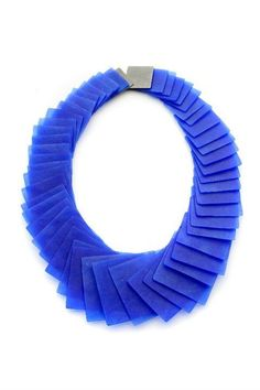 "Yoko SHIMIZU (from Alchimia school) FANTASTIC BLUE jewelry - here, necklace from the ""transformation"" series - 2010"