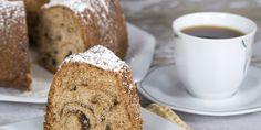 La ciambella al caffè è un dolce tanto goloso quantoilfamosissimo ciambellone allo yogurt. Viene preparato in pochissimo tempo ed è il dolce ideale da preparare per una ricca colazione vista la presenza del caffè.