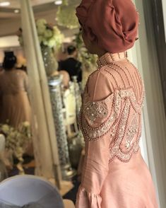 India Fashion, Dresses, Indian Fashion, Vestidos, Dress, Dressers, Flower Girl Dress, Gowns, Outfits