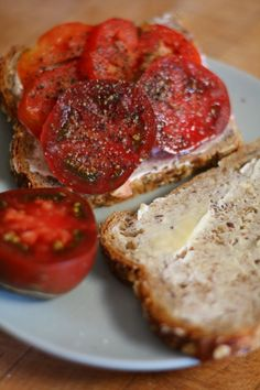 tomato sandwich-oranjezicht-city-farm-gardenista