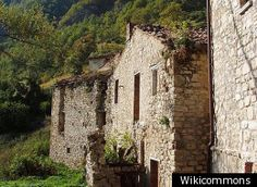 An entire village in Italy.  Only $782,040  WANT!