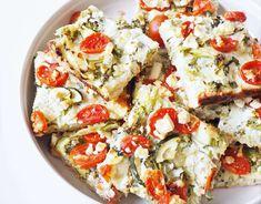 Noshin kutsujen tarjottavat & resepti parhaaseen kasvispiirakkaan Vegetable Pizza, Pasta Salad, Vegetables, Ethnic Recipes, Food, Crab Pasta Salad, Essen, Vegetable Recipes, Meals
