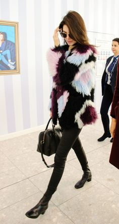 Queen Kendall — celebriupdates:   12/08/15 - Kendall Jenner...