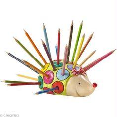 Fabriquer un porte-crayons hérisson en Fimo