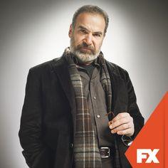 "Mandy Patinkin es ""Saul Berenson"".    Homeland - Domingos  22.00 / 22.30 VEN   #ComienzaEnFX   http://www.canalfx.tv/homeland"