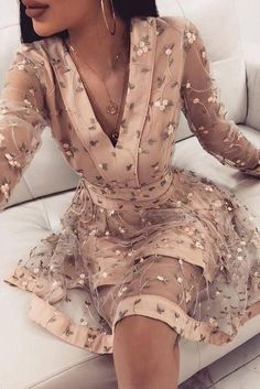Cute Pink Long Sleeve Homecoming Dresses, V Neck Above Knee Prom Dress with Flowers on sale – PromDress.uk Cute Pink Long Sleeve Homecoming Dresses, V Neck Above Knee Prom Dress with Flowers on sale – PromDress. Long Sleeve Homecoming Dresses, Burgundy Homecoming Dresses, Prom Dresses, Skater Dresses, Long Sleeve Short Dress, Sleeve Dresses, Short Sleeves, Formal Dresses, Flower Dresses