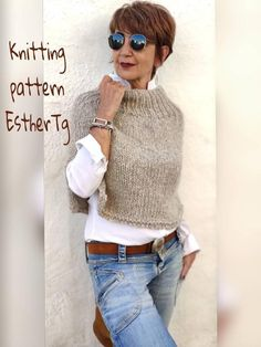 Poncho Knitting Patterns, Knit Patterns, Designer Knitting Patterns, Knitting Wool, Knitting Ideas, Mode Outfits, Casual Outfits, Fashion Outfits, Knitted Poncho