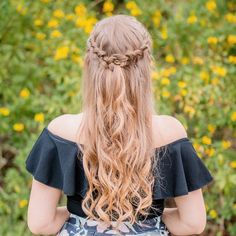 Half-up Braided Hairstyle   I'm loving the @Schwarzkopf Professional Styliste Ultime Biotin+ Volume hair products for summer in Orlando! They keep my hair in place on the hottest and most humid days- even when I'm rocking this cute braided half-up hairstyle! #HOTD #CityStyles #ad