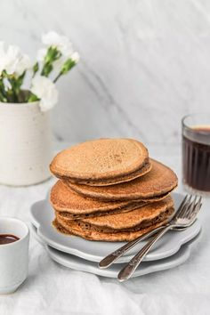These Whole Wheat Coffee Pancakes are packed with coffee flavor, drizzled with mocha syrup and make the perfect breakfast or dessert! Clean Breakfast, Breakfast Pancakes, Pancakes And Waffles, Perfect Breakfast, Breakfast For Kids, Healthy Breakfast Recipes, Power Breakfast, Healthy Breakfasts, Breakfast Ideas