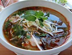 Nong Lá Café Brings Bun Bo Hue to West L.A. - Squid Ink