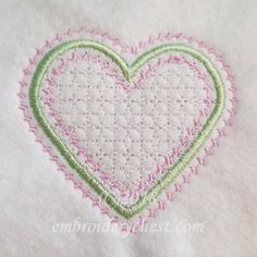 Free Embroidery Design: Dainty Heart