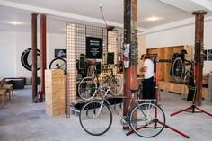 superfuture :: supernews :: new york: levi's commuter workspace Design Set, Visual Merchandising, Bicycle Shop, Bike, Cool Designs, Retail, New York, Cool Stuff, Store
