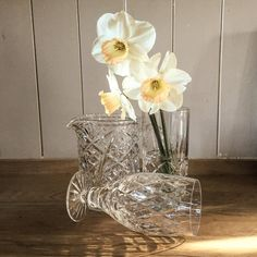 Windfall Friday : These three later season daffs no longer 'fluttering and dancing in the breeze'!! Much more a case of 'broken over in the blast'!! #wordsworth #spring #sparkle #style #simplethings #countryliving #hygge