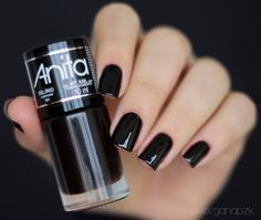 "Esmalte ""Delírio"" da Anita Cosméticos Feet Nails, Toenails, Best Acrylic Nails, Manicure E Pedicure, Mehandi Designs, Beauty Nails, Beautiful Hands, Pretty Nails, Girly Things"