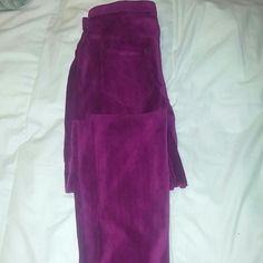 Hue purple corduroy leggings Hue purple corduroy leggings size lg HUE Pants Leggings