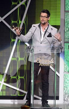 Solo artist Jason Crabb wins both the Artist of the Year and Male Vocalist of the Year at the 2012 Dove Awards!
