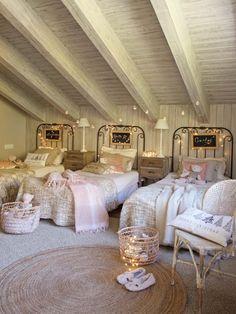Best Shared Girls Bedroom – Modern Home Shared Bedrooms, Teen Girl Bedrooms, Little Girl Rooms, Big Bedrooms, Triplets Bedroom, Sister Bedroom, Bedroom Bed, Fantasy Bedroom, Bunk Rooms