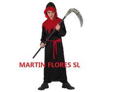 Niño monje del terror.Más en www.martinfloressl.es