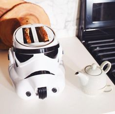 Most impressive kitchenware in the galaxy | Star Wars Stormtrooper Toaster