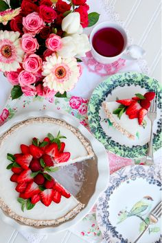 Raw Coconut Cream Pie with Berries
