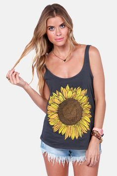 The O'Neill Trippin Grey Sunflower Tank Top captures the spirit of a summer road trip! Charcoal grey tank with scoop neck and a large sunflower on the front. Pretty Outfits, Cute Outfits, Sunflower Shirt, Sunflower Clothing, Junior Outfits, Trendy Tops, Just In Case, Cute Dresses, Ideias Fashion