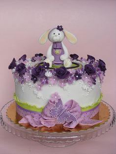Sweet bunny cake by bubolinkata, via Flickr