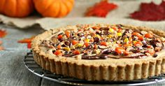 Recipe for a sweet and salty pretzel crust pie with a no-bake chocolate and peanut butter filling.
