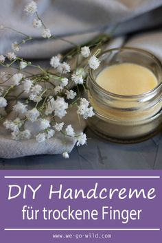 Maak zelf handcrème tegen droge handen - WE GAAN WILD - Handcreme selber machen gegen trockene Hände - WE GO WILD Maak zelf handcrème - handverzorging voordat droge handen Kräuter, Kosmetik - Diy Beauté, Types Of Manicures, Ingrown Toe Nail, Salud Natural, Health Care Reform, Hand Care, Dry Hands, Feet Care, Perfect Nails