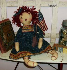 Primitive Raggedy Ann doll Dear Old Annie with FLAG Americana Patriotic WOW #NaivePrimitive #RaggedysusieOriginals