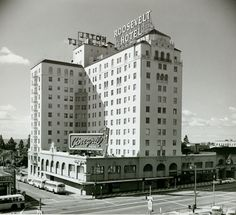 Hollywood Roosevelt Hotel in black and white.