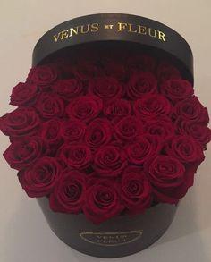 VENUS ET FLEUR Round large box wedding flowers event flowers romantic gift roses