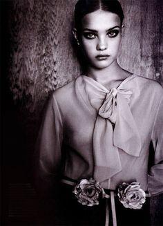 Natalia Vodianova photographed by Friedmann Hauss for Marie Claire Australia, March 2001 ('Belle de Nuit').