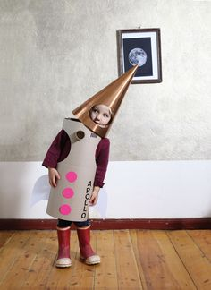 Apollo 13 rocket costume boy halloween costume A collection of ten brilliant boy Halloween costume ideas that is sure to let him express his inner self and have him wearing it all month long! Space Costumes, Dress Up Costumes, Diy Costumes, Costume Ideas, Costume Halloween, Halloween Kids, Halloween Clothes, Rocket Costume, Kids Dress Up