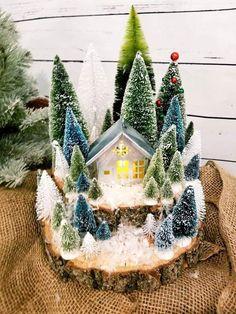 Christmas Village Display, Tabletop Christmas Tree, Christmas Town, Christmas Villages, Winter Christmas, All Things Christmas, Christmas Tree Decorations, Christmas Wreaths, Christmas Crafts