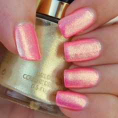 Revlon Gold Glaze (Over Glam Polish Berry Parfait) - Des trucs de filles Revlon Nail Polish, Gold Nail Polish, Nail Polish Colors, Nail Polishes, Manicures, Fun Nails, Pretty Nails, Nice Nails, Nail Art Vernis