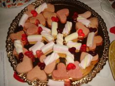 Yesterday, A and I did these cookies for school! We added marshmallows with heart shapped gums!!!