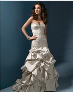 A beautiful Fit and Flair gown by Alfred Angelo