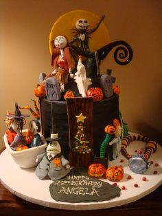 So yea  my 40th birthday is coming up...these cakes are nice, just sayin'