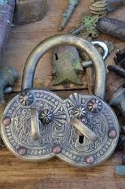 Collectible Antiques Asian Antiques Objective Old Antique Fine Brass Handcrafted Camel Shape Pad Lock With Key